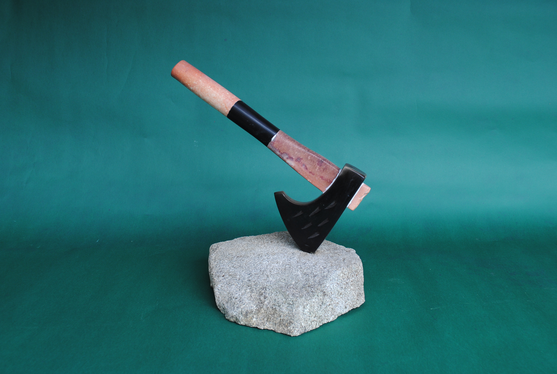 RE-CREATIONS 道具シリーズ 石を割る